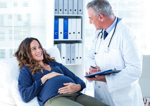 Gynekológ a pôrodník