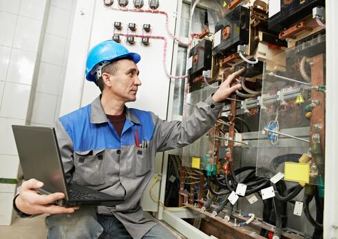 Strojársky technik v oblasti údržby